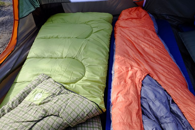 Best Backpacking Sleeping Bags Under 100 Dollar