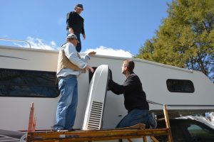 5000 BTU RV roof air conditioner thumbnail