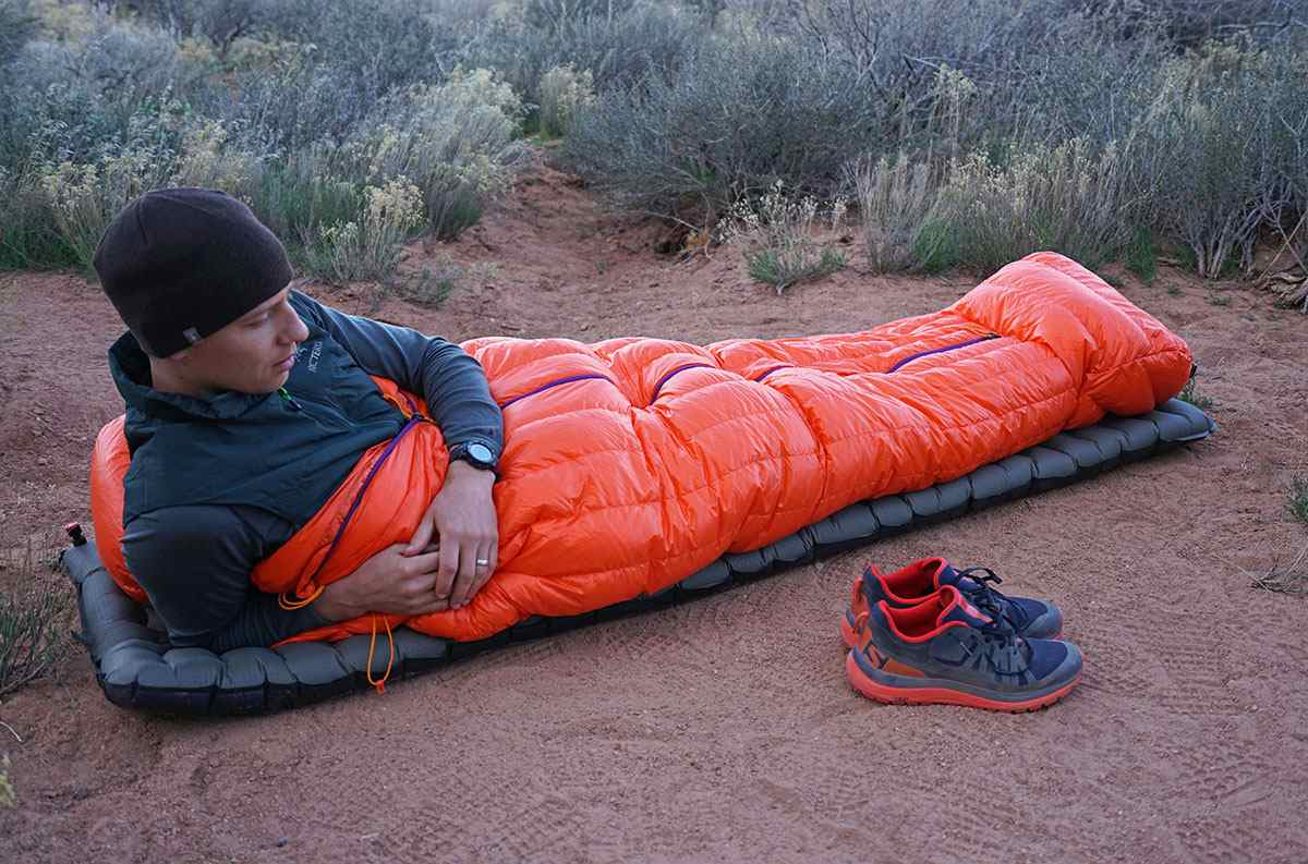 bedroll vs sleeping bag 2